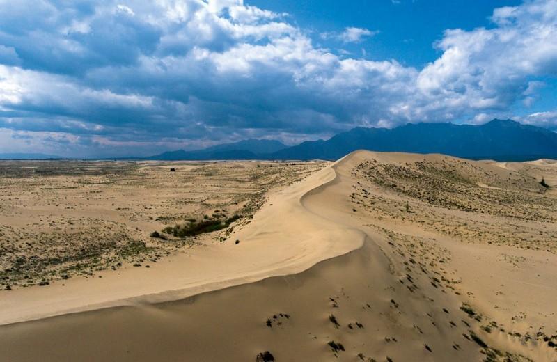 Пески и горы, шхеры и столбы