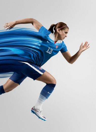 Женщины в футболе