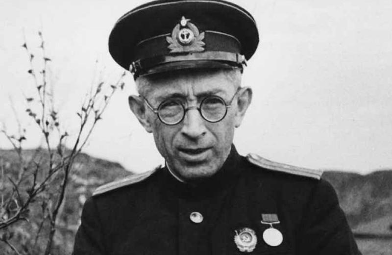 Борис Лавренёв