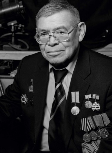 Роберт Семенов