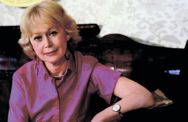 Светлана Немоляева: «Лазарев никогда не давал повода усомниться в его верности»