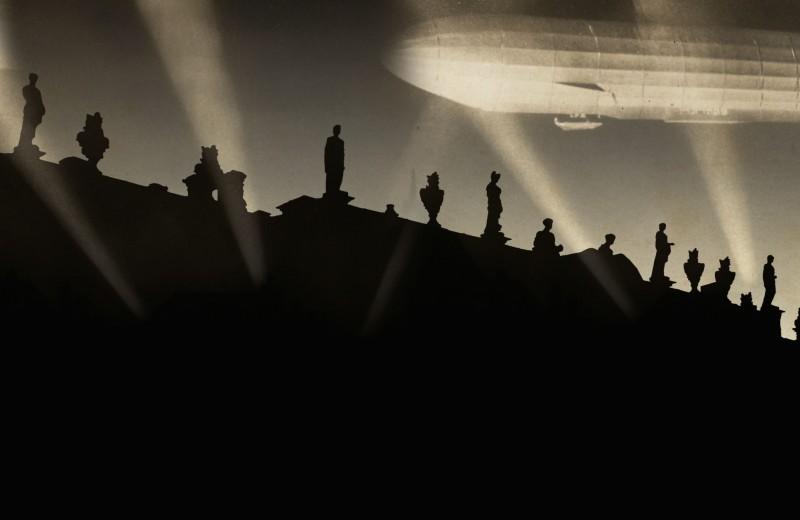 Немецкие цеппелины над Эрмитажем