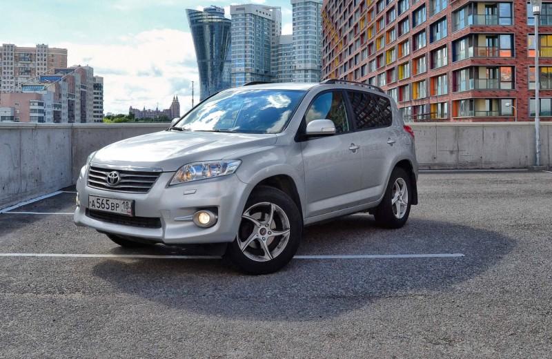 Toyota RAV4: как дома