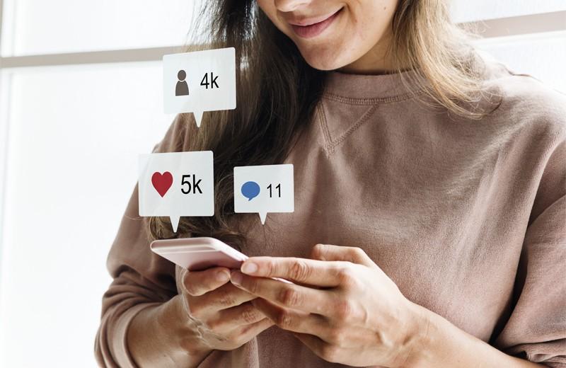 Общаться по-новому:Мой друг Фейсбук