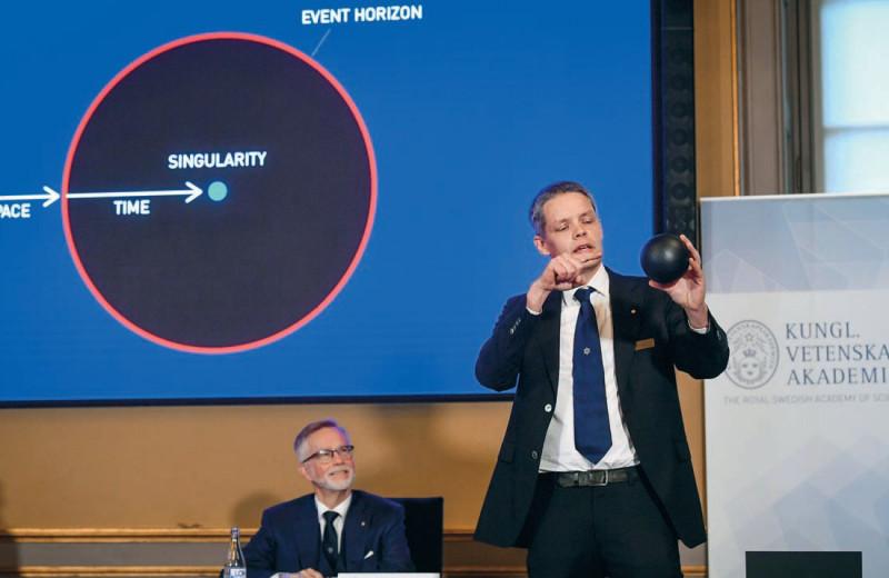 Нобелевская неделя: открытие вируса гепатита С и черные дыры
