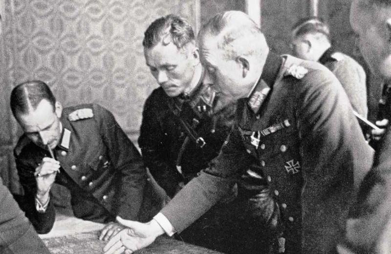 Переговоры советских и немецких офицеров о разделе Польши