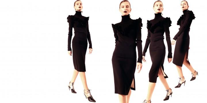 В движении— Dior