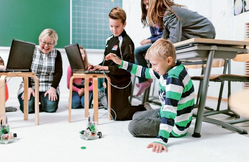 Стартап из Санкт-Петербурга делает из школьников «цифровых джедаев»