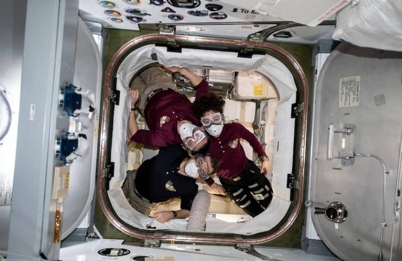 «Мы не знаем, как поведут себя вирусы в космосе»