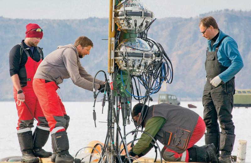 Особенности подводной ловли нейтрино в зимний период