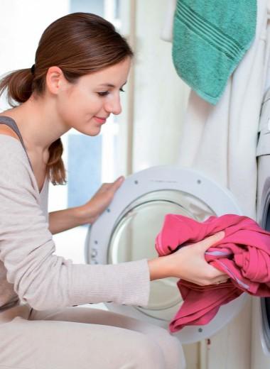 Стирка, глажка, уборка: как ухаживать за вещами новорожденного?