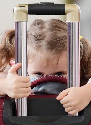 Как помочь детям справиться с тревогой и ответить на их вопросы о пандемии