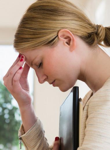 Как справиться с головной болью за 2 минуты: странный способ, который помогает