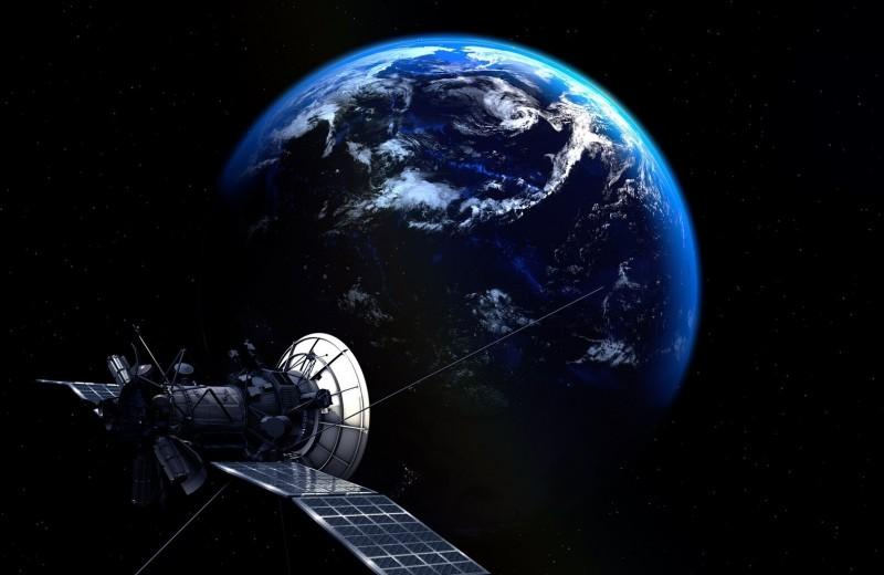 Выстрел на орбите: что делают в космосе таинственные русские спутники