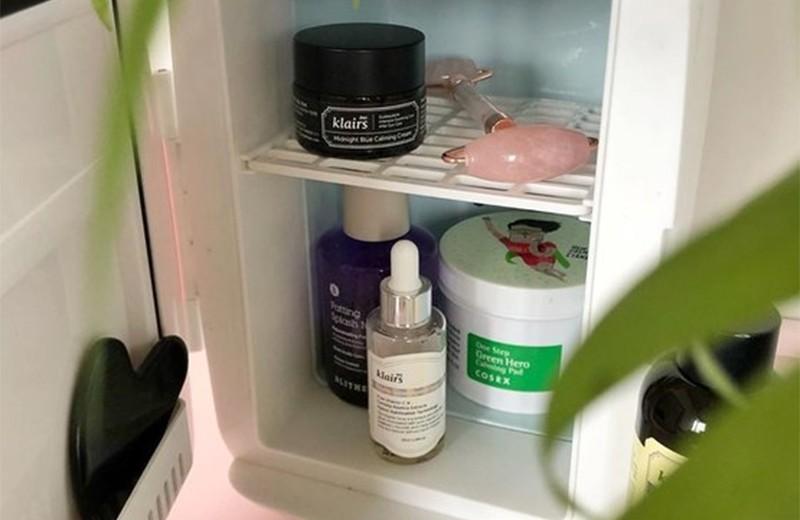 Косметику нужно хранить в холодильнике? Отвечаем на важный бьюти-вопрос