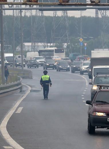 «Кроме камер на дорогах ничего нет». В ГИБДД жалуются на сокращения