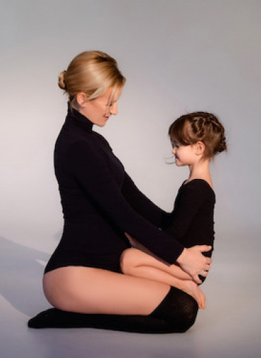 «У тебя будет братик»: как мы готовим дочку к рождению второго ребенка