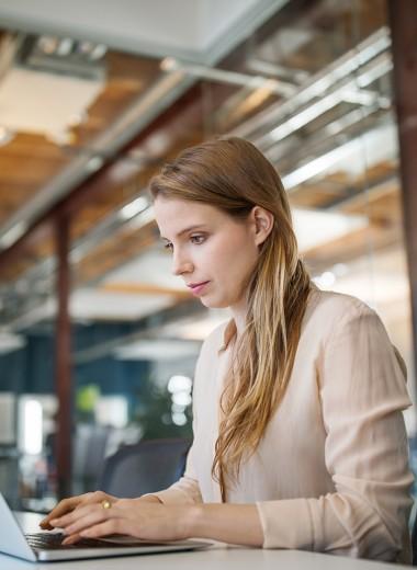 Доплата за красоту: как приятная внешность влияет на успех в карьере и бизнесе
