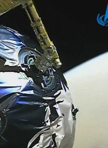 Китайский космический аппарат прислал первое видео с орбиты Марса
