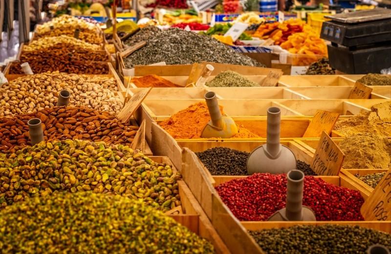 Топ-7 самых полезных специй, которые должны быть на кухне каждого гурмана