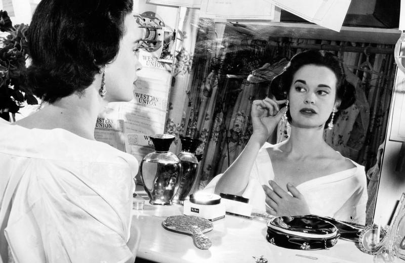 «Бедная богатая девочка»: история Глории Вандербильт, одной из самых известных американок XX века