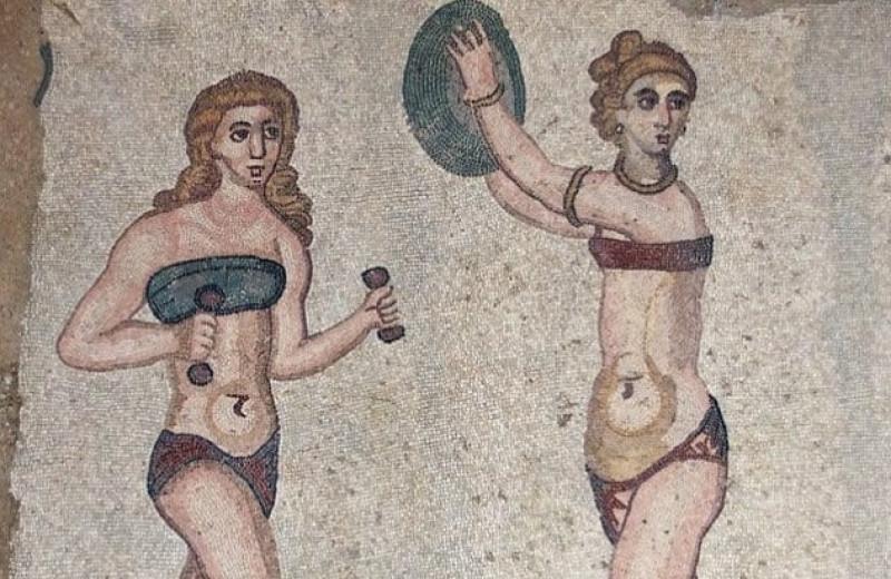 7 старинных предметов нижнего белья, которые сегодня выглядят дико
