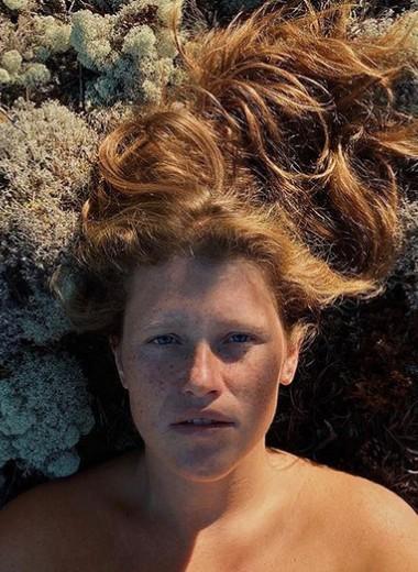 Варвара Шмыкова: горячие фото звезды сериала «Чики»