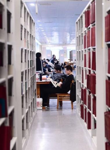 Должны ли университеты зарабатывать? Концепция «тройной спирали» в российских реалиях