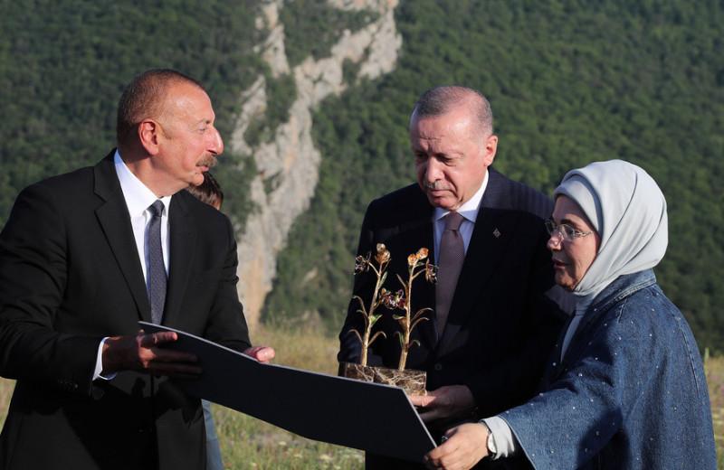 Разведка Эрдогана: зачем Турции военные базы в Азербайджане