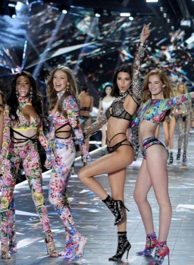 Ангелы Victoria's Secret: как спасти бельевой бизнес в 2019 году