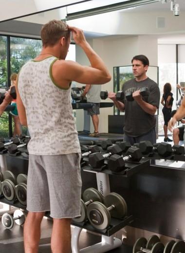 7 неожиданных эффектов от посещения спортзала (например, насморк)