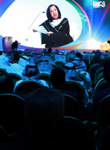 «Гордиться делами, а не деньгами»: как Любна Олаян стала самой влиятельной женщиной Саудовской Аравии