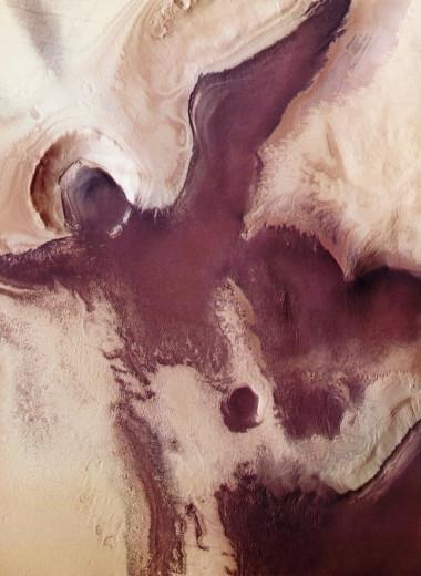На Марсе разглядели символы Рождества: ангела с нимбом и сердце