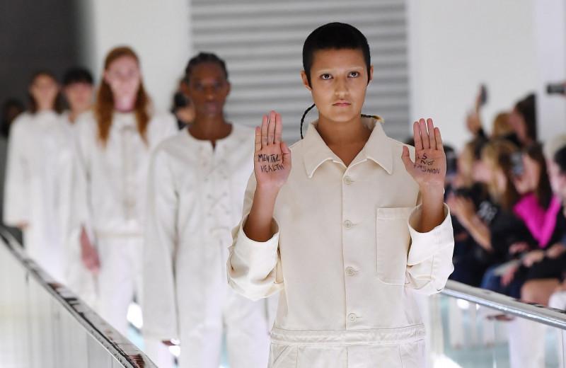 Как стресс и тревоги влияют на мир моды