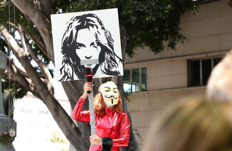 «Такое могло произойти только с женщиной»: как Бритни Спирс лишили права контролировать свою личную жизнь, финансы и карьеру