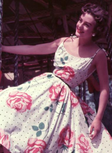 Старое лучше нового: 5 причин выбрать бабушкино платье