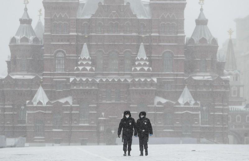 Минус 100 млрд рублей в неделю и всплеск безработицы: какими могут быть последствия карантина для Москвы