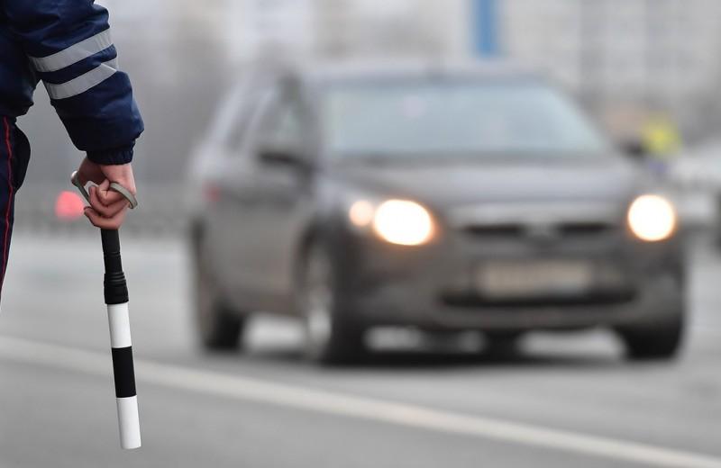 Автомобилиста лишили прав за чужое нарушение. Так вообще бывает?