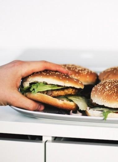 Почему чтобы похудеть надо идти к психологу, а не к диетологу