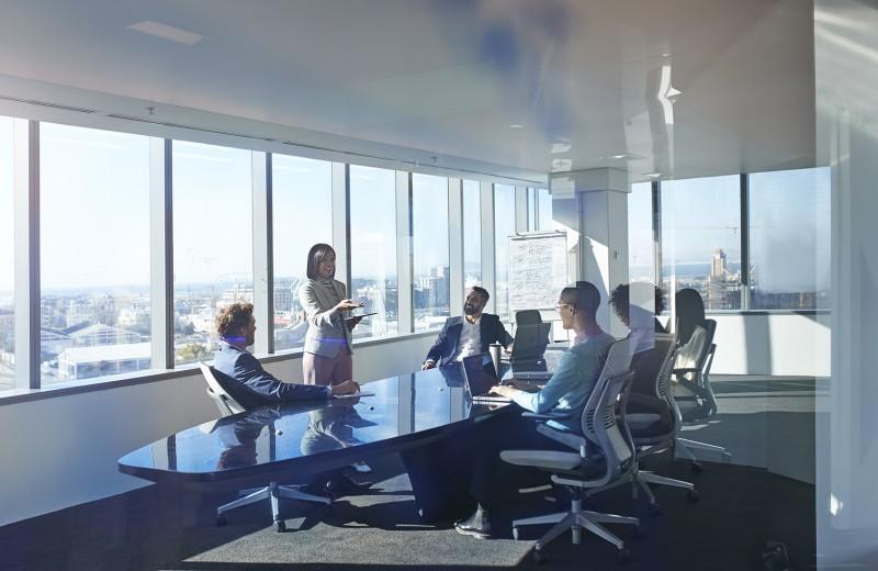 Законное право. Есть ли место женщине в совете директоров?