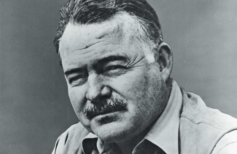 Эрнест Хэмингуэй: пьяный мастер и советский кумир