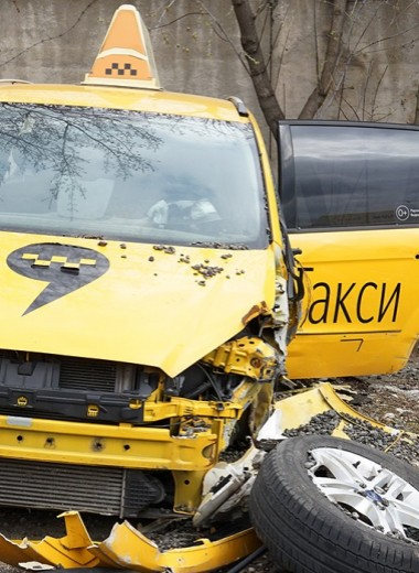 Водители засыпают и винят в этом пассажиров. Что происходит с такси?