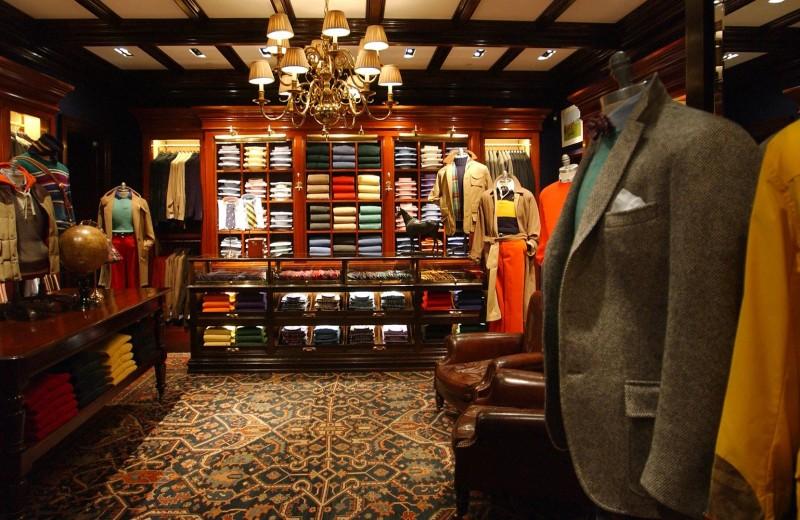 Дьявол в деталях: как оформляют модные магазины