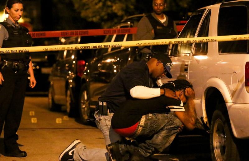 Ученые узнали, как торгуют оружием на улицах Чикаго