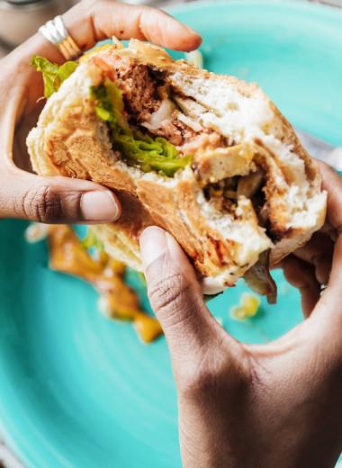 Флекситарианство: что нужно знать о вегетарианстве со стейками и бургерами