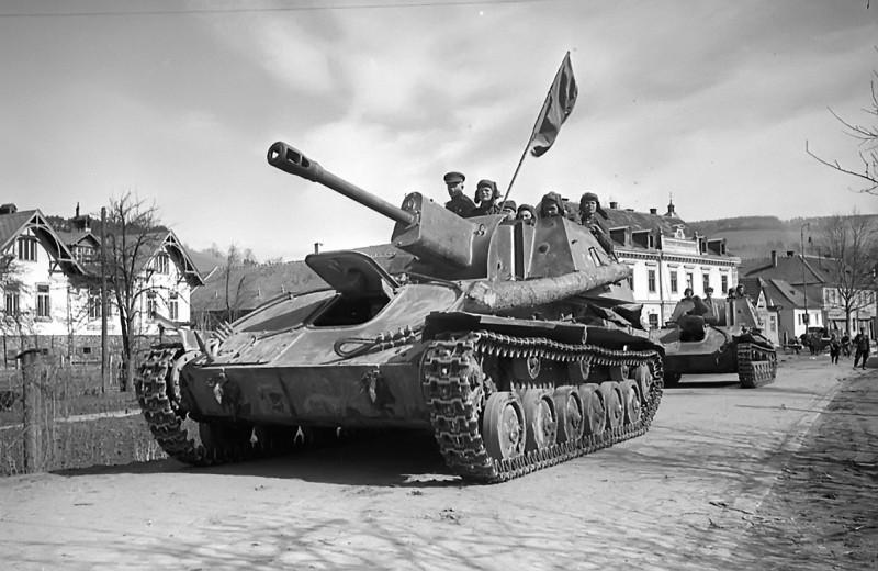 Почему СУ-76 называли братской могилой