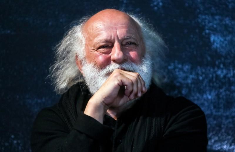 «Я люблю тупость и идиотизм, но когда это сделано радостно». Славе Полунину исполняется 70 лет