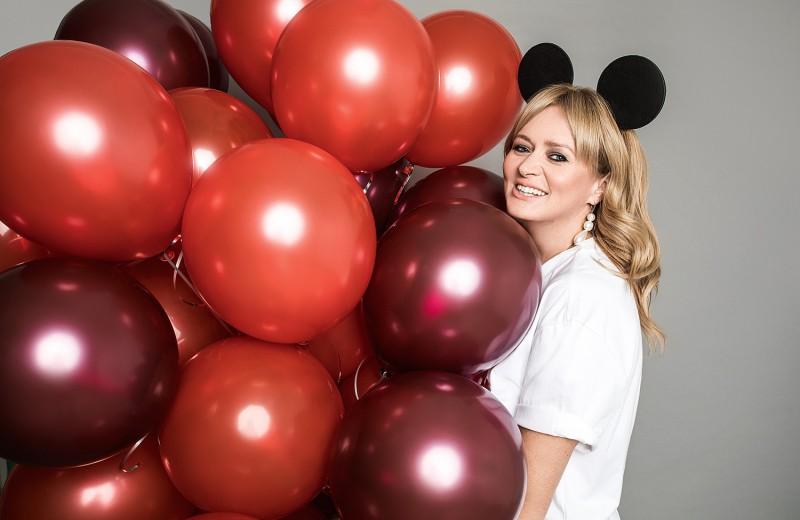 Сестры Михалковы и другие звезды вспомнили детство в проекте Cosmo и Disney