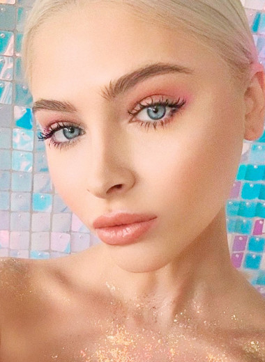 7 звезд российского Инстаграма, поклонники которых умоляют их больше не худеть