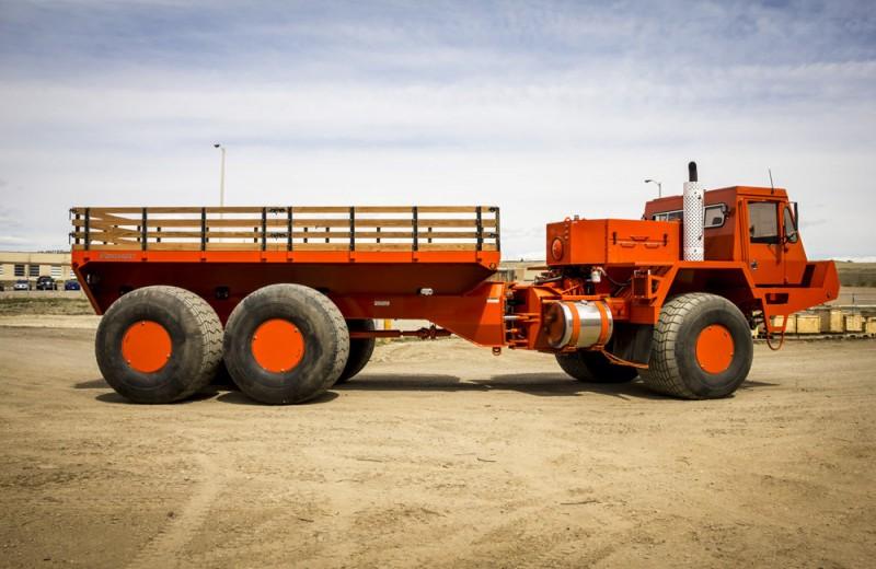 Неизвестные грузовики из Канады: арктический бренд Foremost